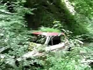 Video De Sexisme Dans Une Voiture : visite de 3 paves de voitures dans un ruisseau youtube ~ Medecine-chirurgie-esthetiques.com Avis de Voitures