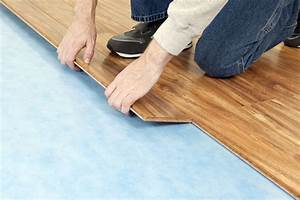 Linoleum In Holzoptik : vinyl vs laminate flooring which is best ~ Orissabook.com Haus und Dekorationen