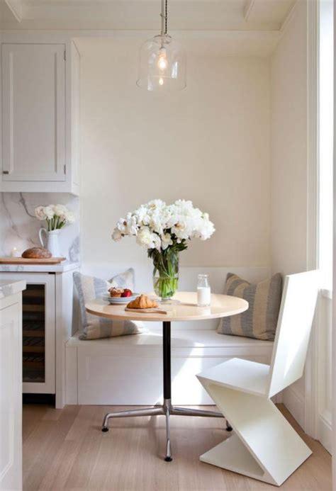 table pour la cuisine pourquoi choisir une table avec banquette pour la cuisine