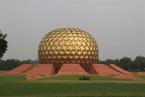 Auroville – Travel guide at Wikivoyage