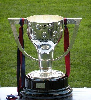 Liga BBVA (Spain) | Soccer trophy, Football trophies ...