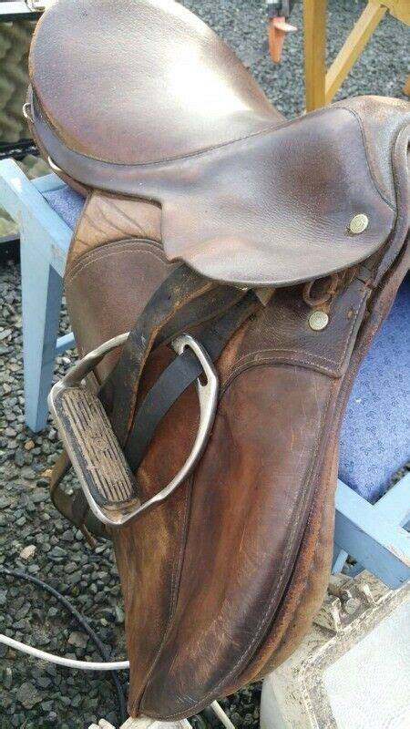 stirrups saddle