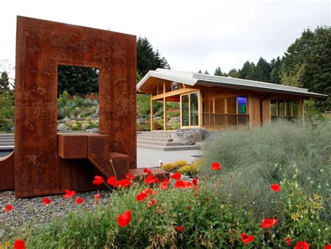 portland garden by a team of eco friendly designers