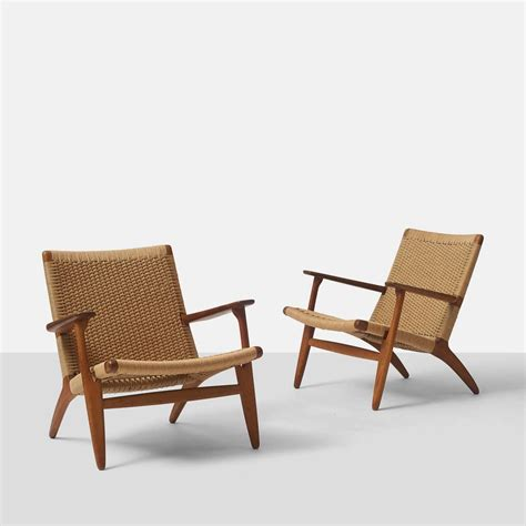 pair of hans wegner ch25 lounge chairs at 1stdibs