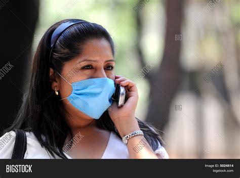 Facial While Talking Phone