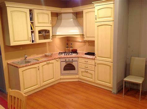costo piano cottura cucina classica angolare 50 cucine a prezzi scontati
