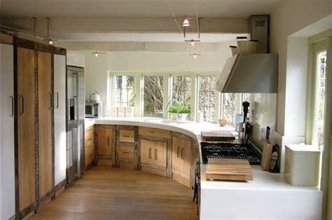 cuisine ancienne et moderne décoration un cottage moderne né d 39 une catastrophe une cuisine moderne