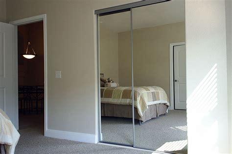sliding doors  closets bedroom closet sliding doors