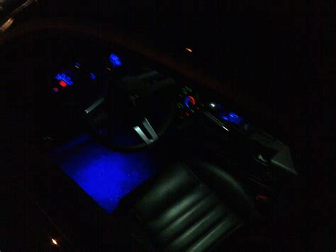 led ambient footwell lighting page   mustang