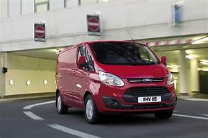 Ford Transit Custom 9 Places : fourgon compact ford transit custom ~ Maxctalentgroup.com Avis de Voitures