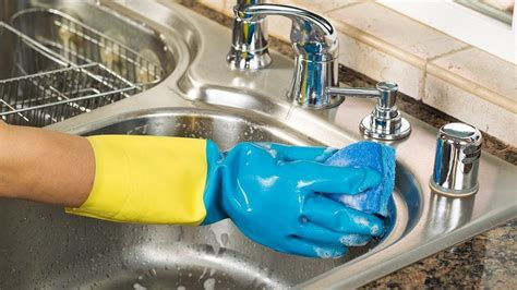 how to shine kitchen sink how to clean your kitchen sink angie s list 7360