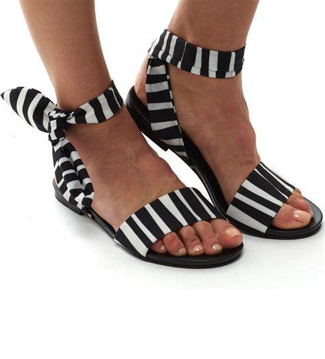 Ankle Wrap Sandal: Zebra   ibumovement.com