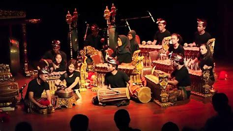 Apakah anda tahu instrumen apa saja yang termasuk ke dalam kategori alat musik ritmis? Alat Musik Gamelan : Sejarah, Asal Daerah & Cara Mainnya (Lengkap)