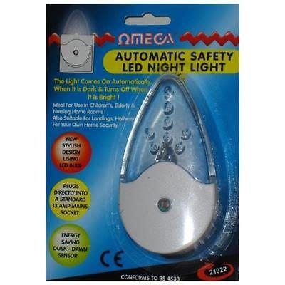 Omega Automatic Sensor Safety Led Plug Mains