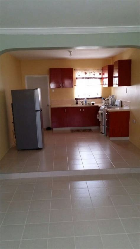 Bedroom 2 Bathroom House For Rent by Spacious 2 Bedroom 1 Bathroom House For Rent In Sandhills