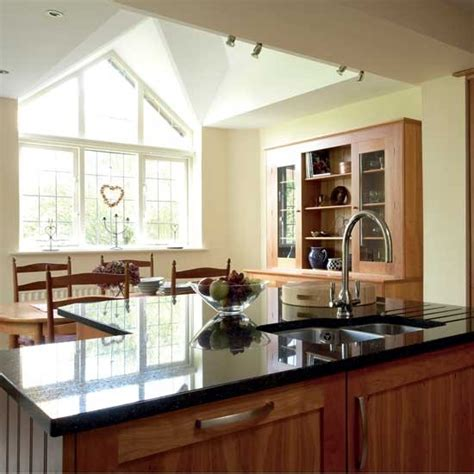 Decorating Ideas Kitchen Diner by Cherry Wood Shaker Kitchen Diner Kitchen Design