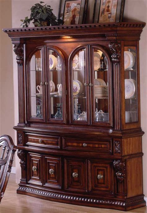 Cabinet China by Estates Ii China Cabinet With Dental Molding Accents