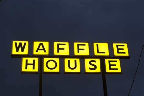 1 Dead at Waffle House Shooting – 614NOW