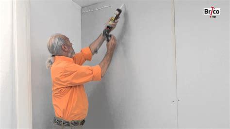 revetement mural pvc cuisine coller du lambris pvc au mur