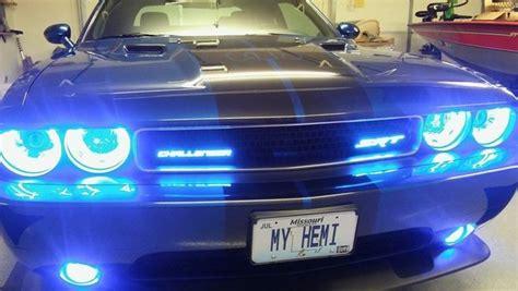 illuminated challenger badge  lume illuminated car products