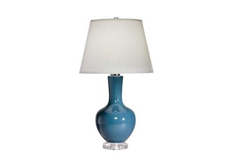 Lamp : Lia Table Lamp