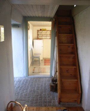 Schmale Treppe Dachgeschoss by Narrow Stairs Home Design Ideas Pictures Remodel And Decor