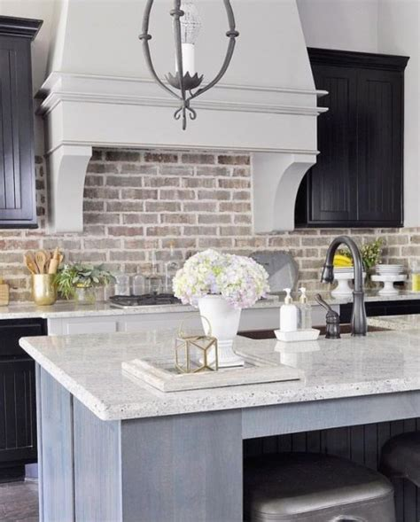 white brick kitchen backsplash 25 timeless brick kitchen backsplashes comfydwelling 1257