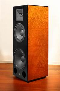 M4, Speaker