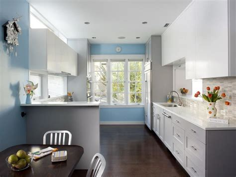 light blue kitchen walls sherwin williams kitchen colors 2017 grasscloth wallpaper 6966