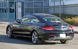 Coupe Mercedes : 2019 mercedes benz c class coupe facelift shows all new led headlamps autoevolution ~ Gottalentnigeria.com Avis de Voitures
