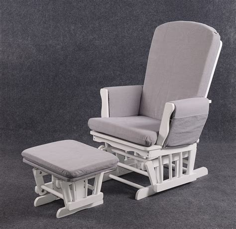 chaise d allaitement fauteuil à bascule allaitement chaise idées de