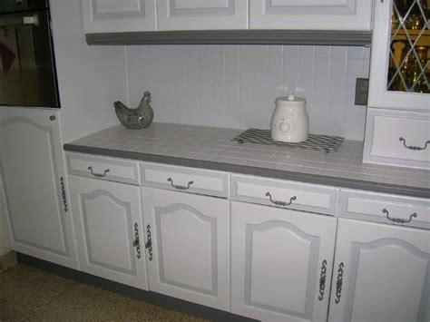 peindre la faience de cuisine hs repeindre carrelage de la crédence de cuisine