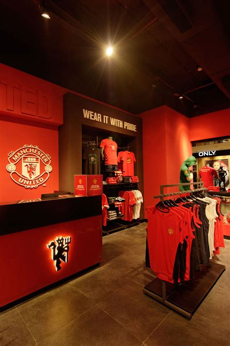 manchester united store mumbai