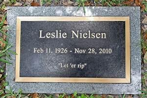 Leslie Nielsen in Leslie Nielsen's Grave Marker 2 of 15 ...