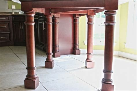Custom table support system, table legs for a custom