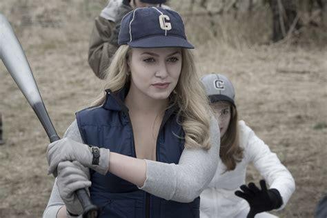 Twilight's Cullen's Baseball Images Rosalie Hale Hd