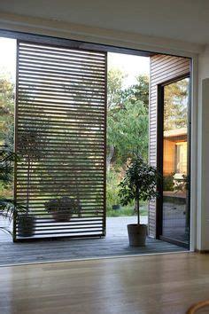 Sichtschutz Garten Verschiebbar by Verschiebbarer Sonnenschutz Aus Fensterl 228 Den Aus Holz