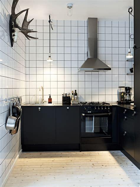 decordots kitchen inspiration white tiles black grout