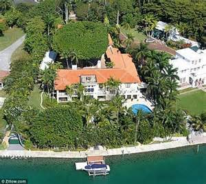 Rugs 4 Less by Inside Rosie O Donnell S Star Island Mansion On The