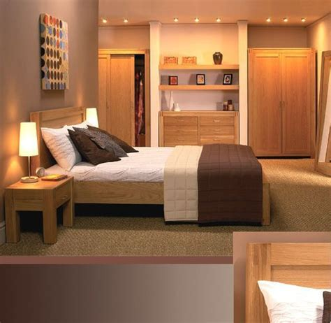contemporary oak bedroom furniture   guest room