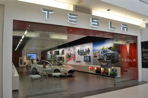 Tesla Will Decisively Win War With Dealership Associations