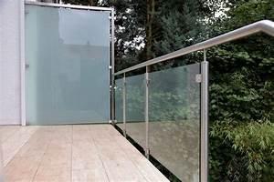 Sichtschutz Balkon Glas : sichtschutz glas edelstahl gamelog wohndesign ~ Indierocktalk.com Haus und Dekorationen