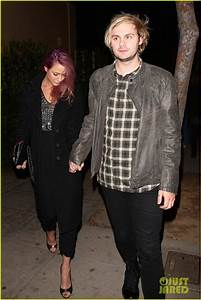 5SOS's Michael Clifford & Luke Hemmings Party With ...