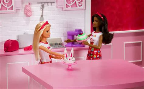 barbie youtube  video cooks  fun  food toys