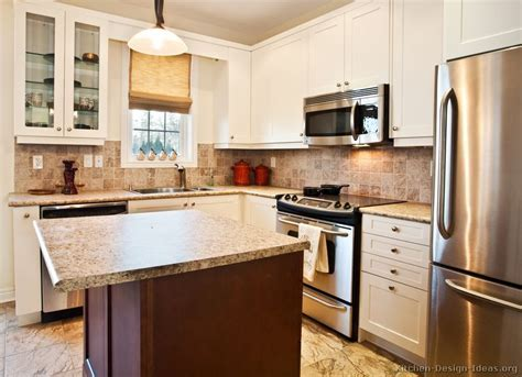 Transitional Kitchen Design   Cabinets, Photos, & Style Ideas