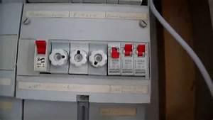 Elektrik Neu Verlegen Altbau Kosten : sehr gute anleitung deckenlampe montieren lampen anbringen ~ Lizthompson.info Haus und Dekorationen