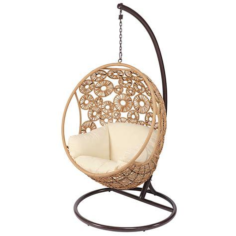 meubles chambre bebe fauteuil suspendu de jardin en résine tressée et coussin