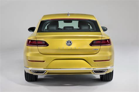 volkswagen arteon rear volkswagen arteon comes to america replaces cc as