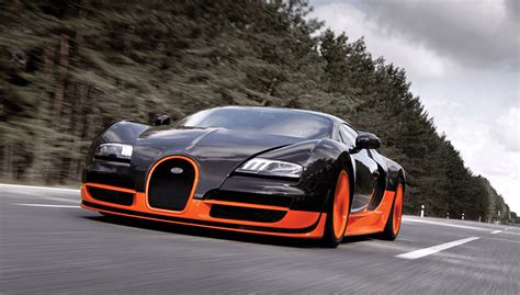The first hyper sports car of modern times was a true pioneering achievement and wrote automotive history at its launch in 2005. Bugatti Veyron 16.4 Supersport, Preserve Records | carmadness | car reviews | car release date