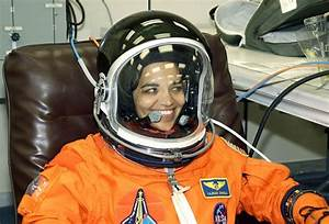 CLIP ARTS AND IMAGES OF INDIA: KALPANA CHAWLA